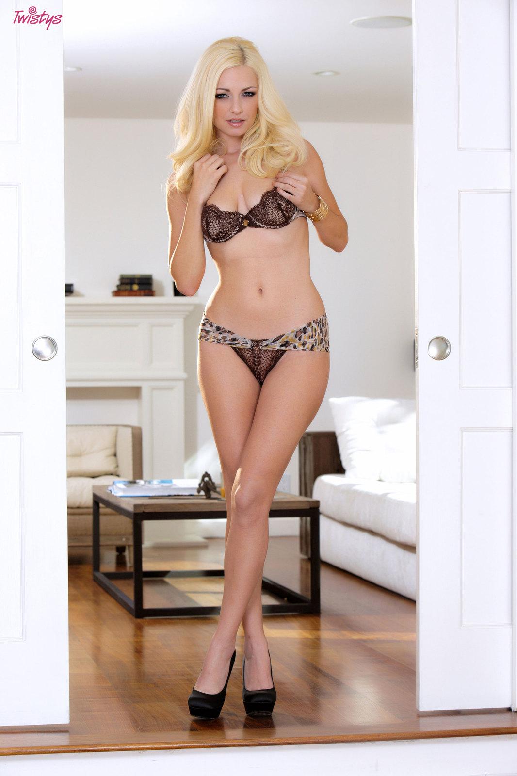 Danielle Trixie in lingerie
