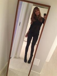 Melita Toniolo taking a selfie