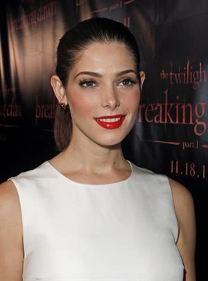 Ashley Greene the Twilight Saga Breaking Dawn part 1 Concert tour Chicago on November 8, 2011