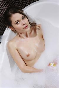 Amelie B - breasts