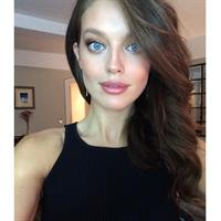 Emily DiDonato taking a selfie