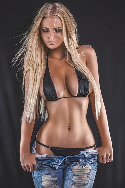 Zienna Eve in a bikini