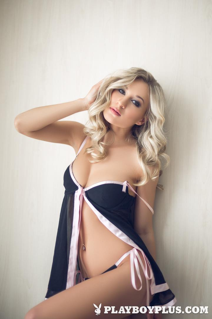sexy white girl getting fuck