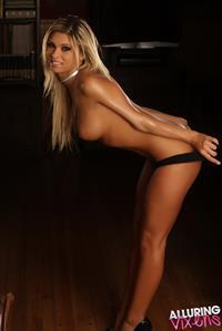 Mariah Saadi - breasts