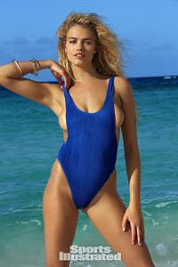 Hailey Clauson Pictures