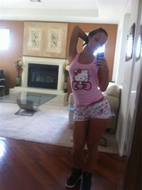 Jada Stevens taking a selfie