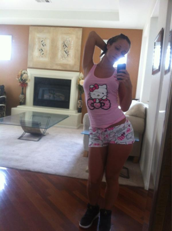 Jada Stevens taking a selfie