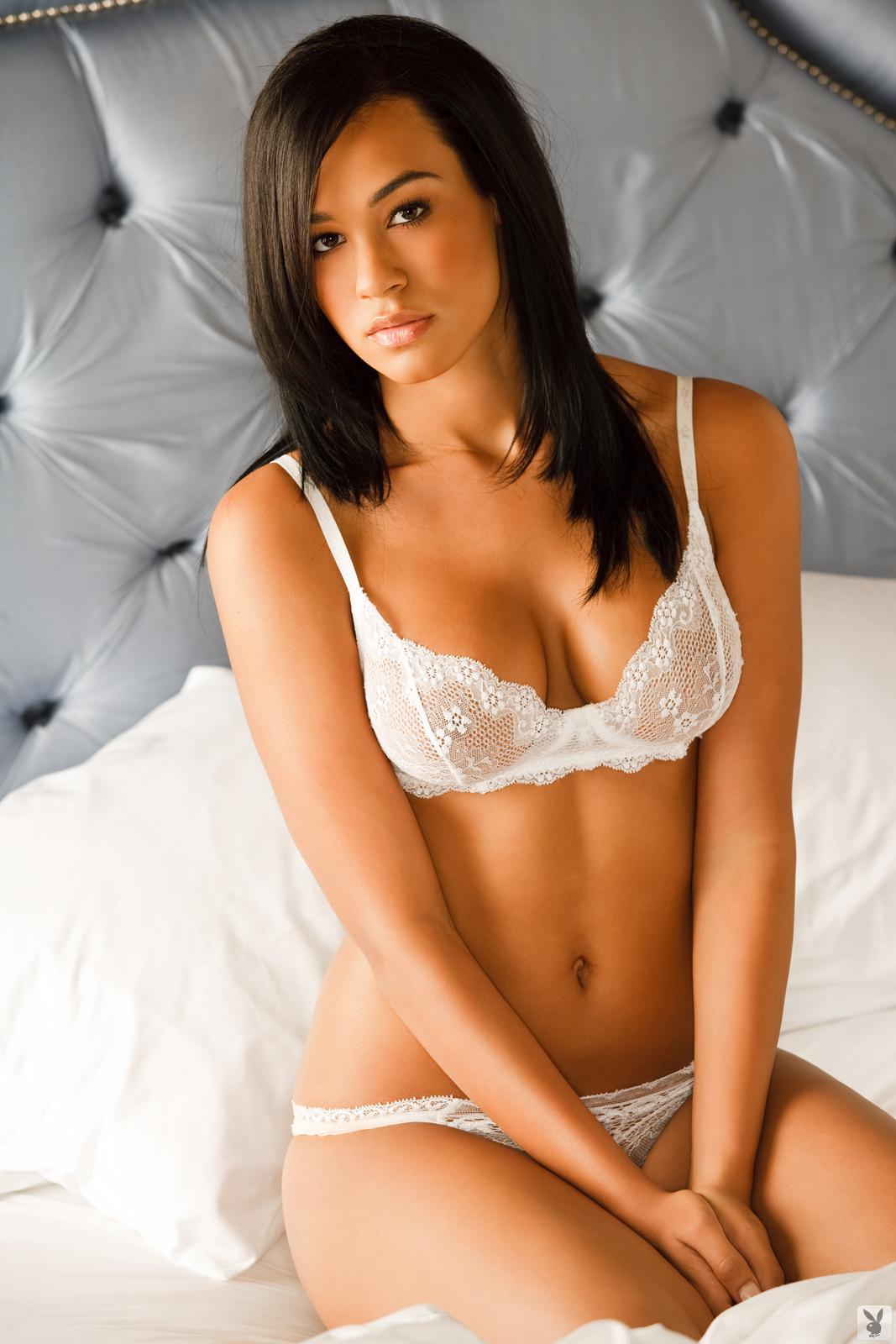 Andrea Leilani in lingerie