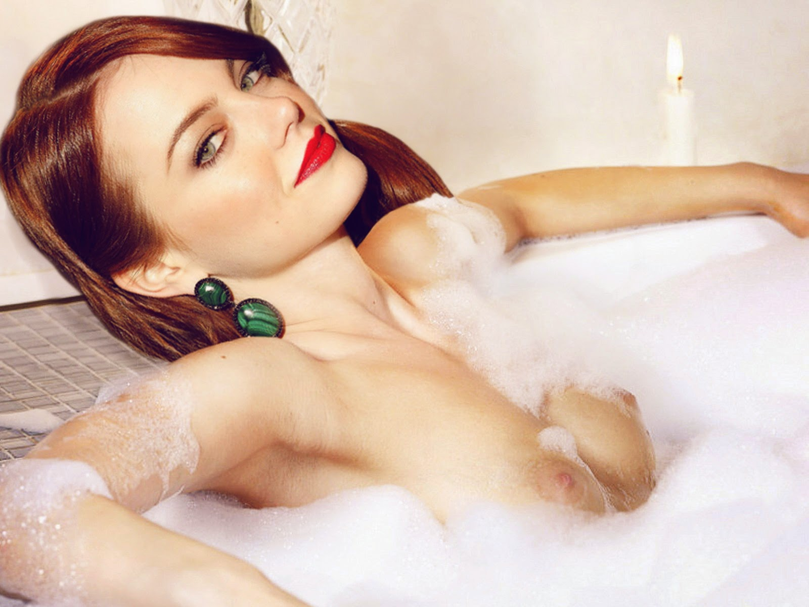 Emma Stone - breasts