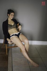 Jillian Rose Reed - Esquire Me in My Place