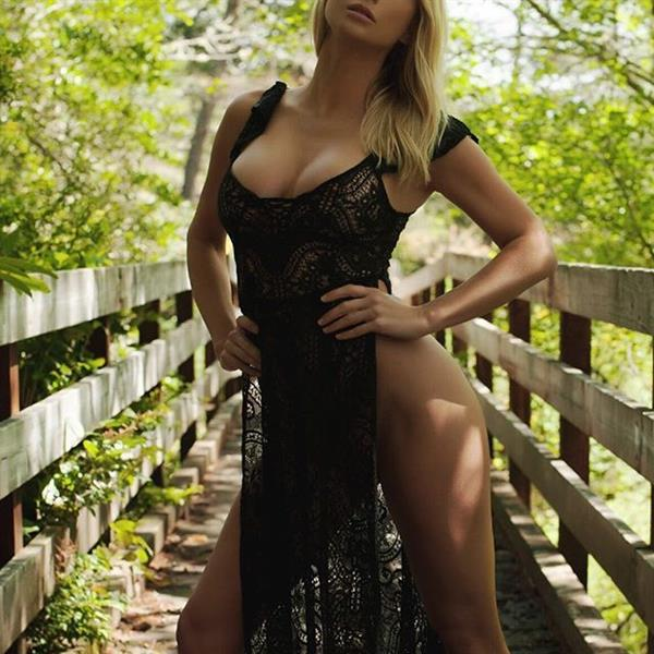 Sara Jean Underwood in National Park