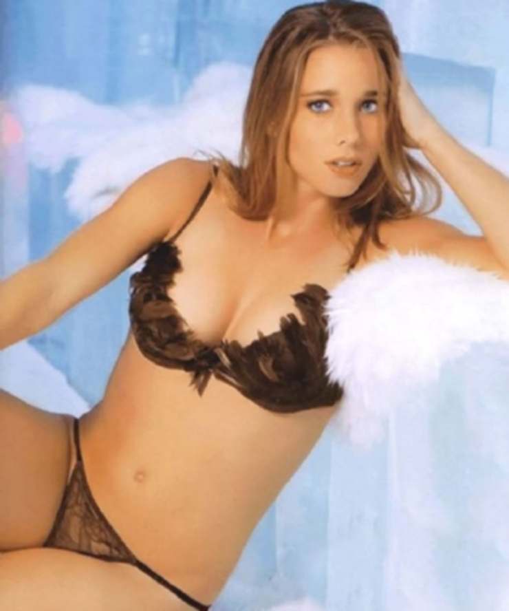 Ellen Hoog in a bikini