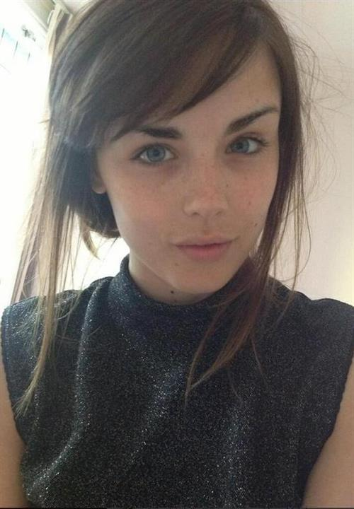 Danielle Sharp taking a selfie