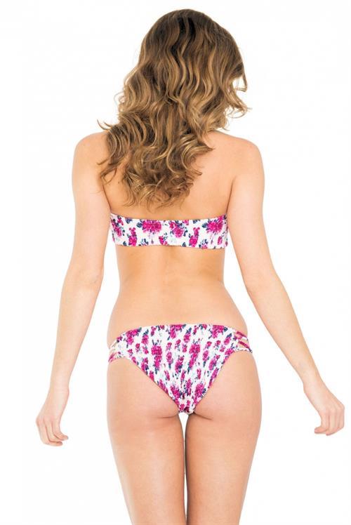 Jehane Paris in a bikini - ass