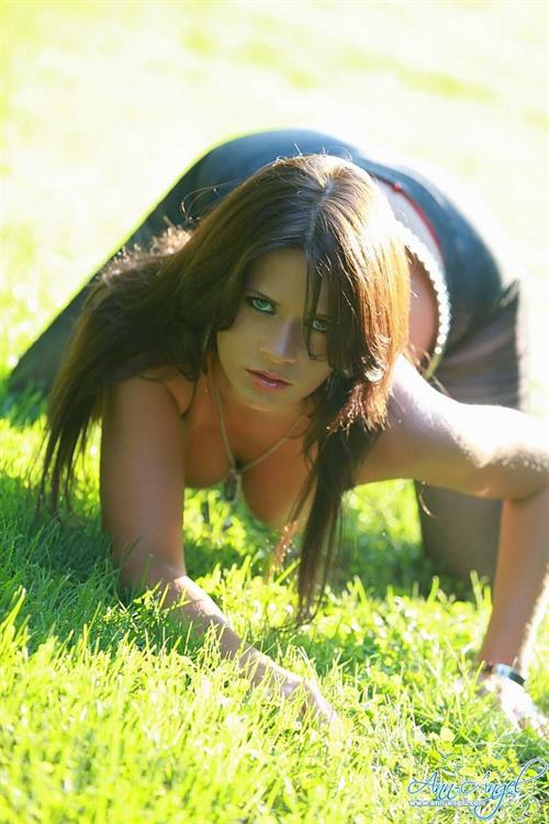 Ann Angel Pictures Hotness Rating  95610-4274