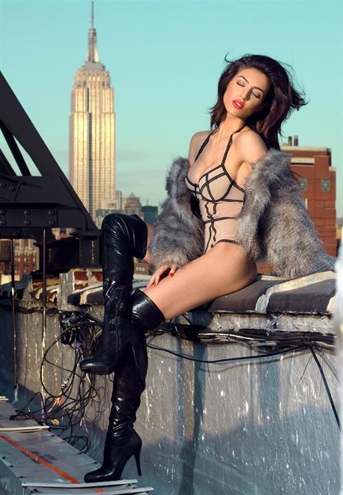 Kelly Karloff in lingerie