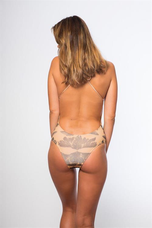 Michelle Vawer in a bikini - ass
