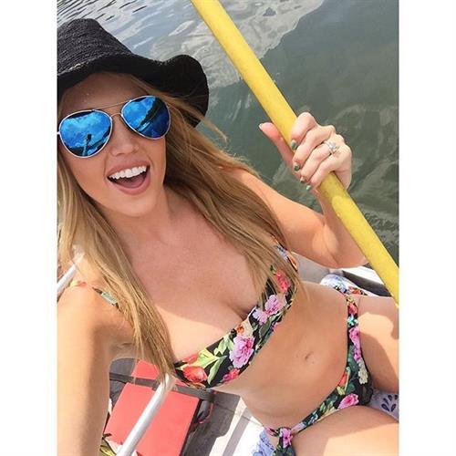 Cassidy Gray in a bikini taking a selfie