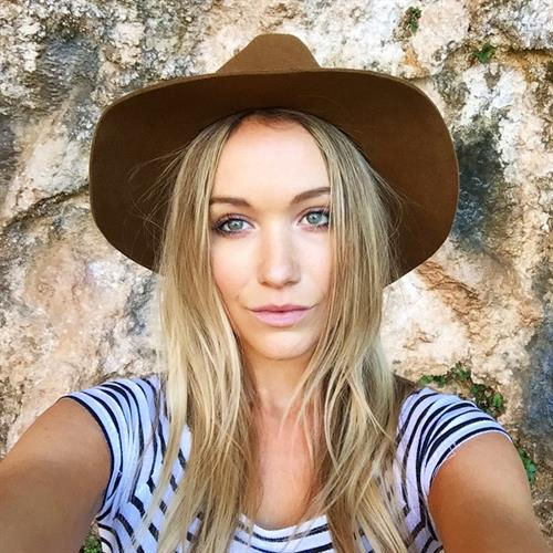 Katrina Bowden taking a selfie
