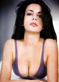 Rossella Brescia in lingerie