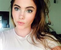 McKayla Maroney taking a selfie