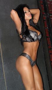 Suelyn Medeiros in lingerie