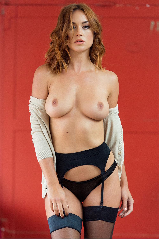 Rosie Jones - breasts