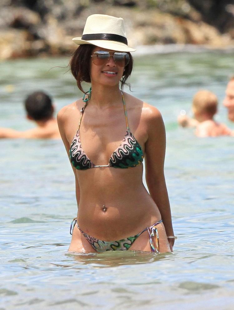 Rocsi Diaz in a bikini
