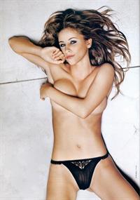 Gaëlle Garcia Diaz in lingerie