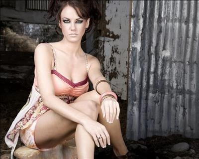 Amanda Gist in lingerie