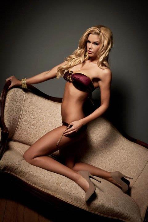Jessa Hinton in a bikini