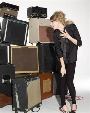 Taylor Swift Glamour Magazine November 2010