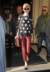 Taylor Swift leaving her hotel in London 11/7/12