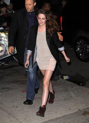 Kristen Stewart arrives at The Daily Show with Jon Stewart in NYC 12/13/12