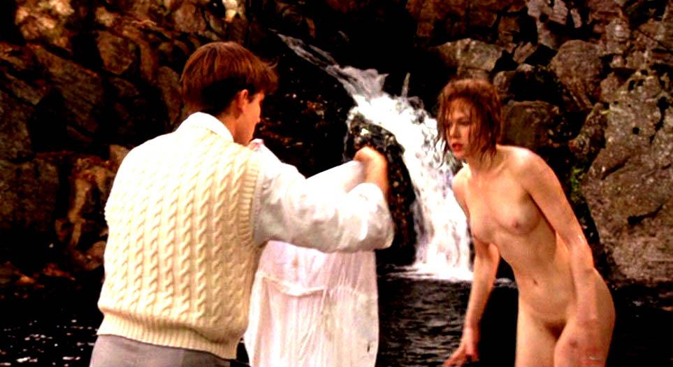 Nicole Kidman - breasts