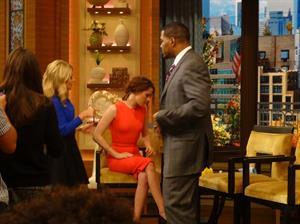 Kristen Stewart Live! with Kelly & Michael 11/7/12