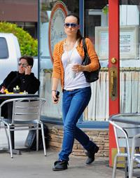 Olivia Wilde leaves LA Conversation with coffee in LA 070411