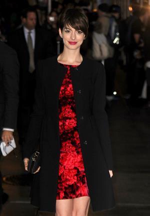 Anne Hathaway outside Ed Sullivan Theater for Letterman December 10-2012