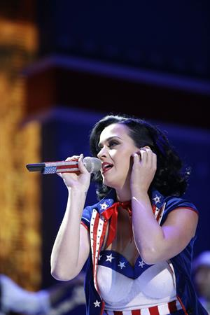 Katy Perry Kid's Inaugural concert candids in Washington D.C, January 19, 2013