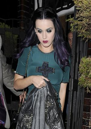 Katy Perry - Leaves The Dove pub in London. June 6, 2012