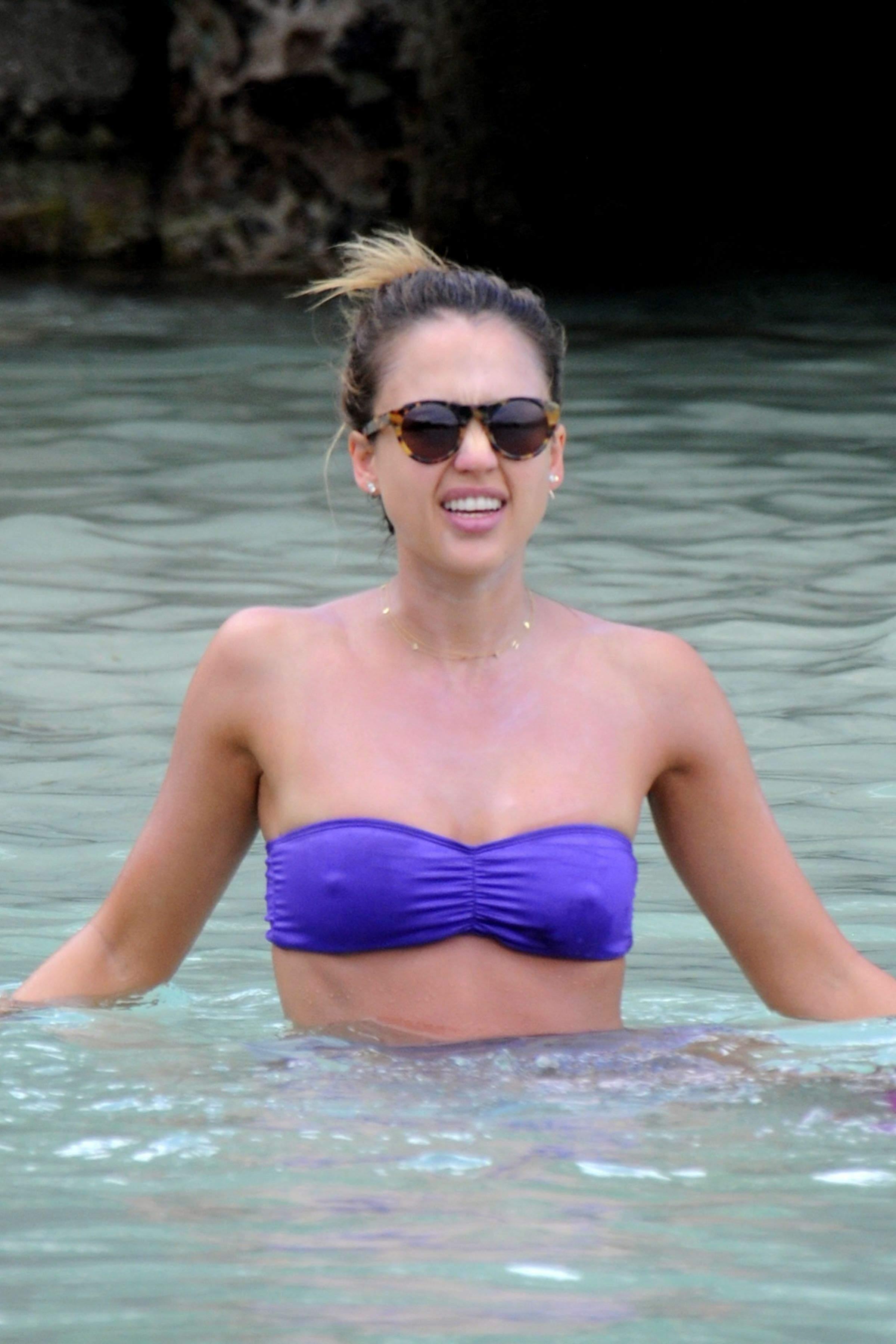 jessica-alba-see-thru-bikini-nude-girls-with-amazing-bodies