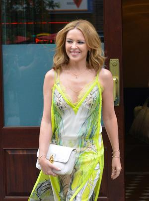 Kylie Minogue walking in New York City