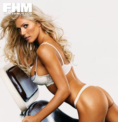 Torrie Wilson in lingerie - ass