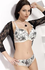Dagmara Bajura in lingerie