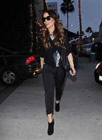 Kate Beckinsale shopping at Piccolo Paradiso store December 14, 2012