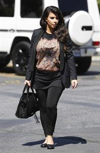 Kim Kardashian - Out in Los Angeles (29.03.2013)