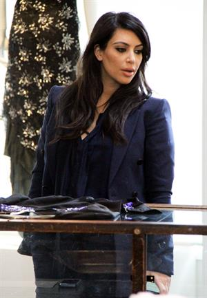 Kim Kardashian - Shops for lingerie at the the Curve Boutique in Los Angeles (05.02.2013)