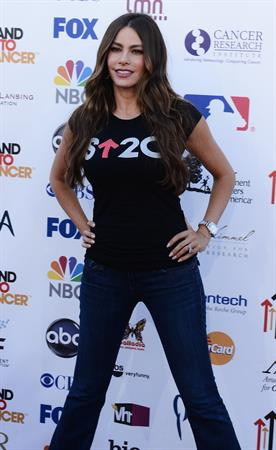 Sofia Vergara - Stand Up To Cancer benefit in Los Angeles - September 7, 2012