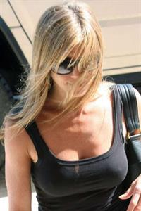 Jennifer Aniston - breasts