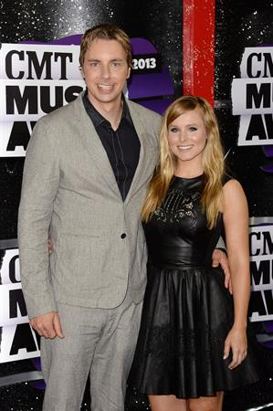 Kristen Bell at the 2013 CMT Music Awards in Nashville - June 5, 2013